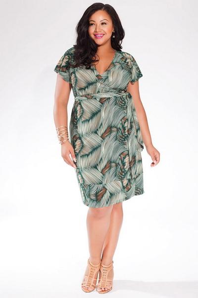 Фото платья из шелка для полных женщин